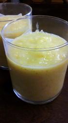 マンゴーとバナナのスムージー.jpg