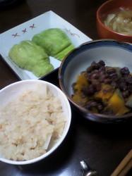 里芋ご飯とロロンのいとこ煮.jpg