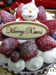 柏の葉のサフランさんのクリスマスケーキです。 Stone Spa GAIA